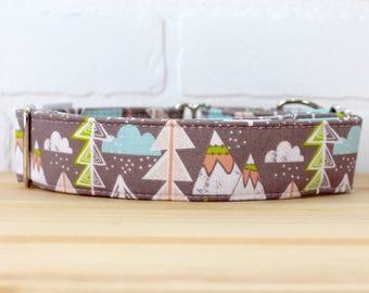 Dog Collar in Mountain pattern for Boy/Girl for Large Dog. Can be made in Buckle or Martingale Collar. PLEASE READ Item Details