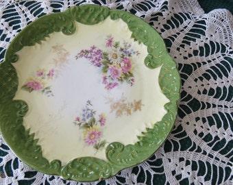 Daisy - Green trim - serving plate
