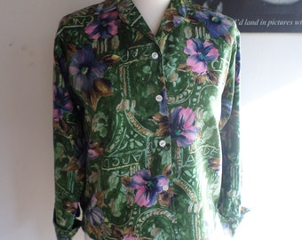 Vintage Blouse Green floral design Label Priscilla Empire made