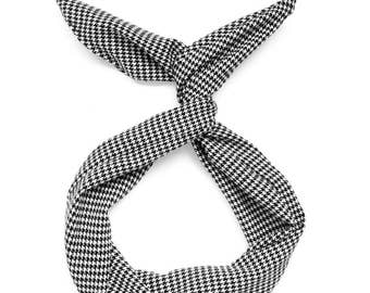 Black and White Houndstooth with Gold Flecks Wire Headband