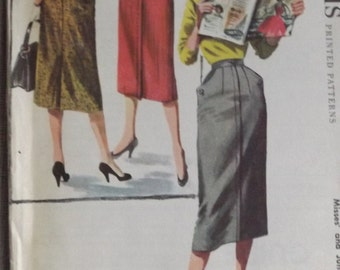 "Vintage 1950s McCall's 3410 Straight Skirt Sewing Pattern in Waist 28"" Hip 37"" Complete Uncut/Factory Folded"
