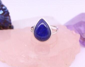 Lapis Lazuli Ring, Semiprecious gemstone ring, Womens statement ring, Natural gemstone jewelry, Chakra jewelry, Healing gemstone, Boho chic