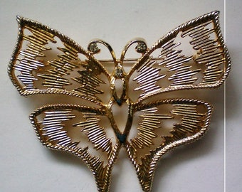 Enormous Gold tone Butterfly Pin - 5312
