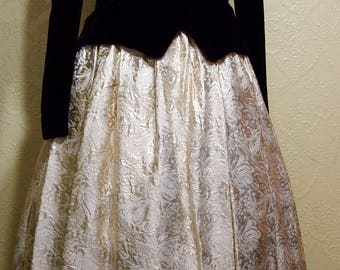 very elegant Jessica McClintock size 12 MOTHER Of The BRIDE Dress Golden DAMASK and Black Velvet
