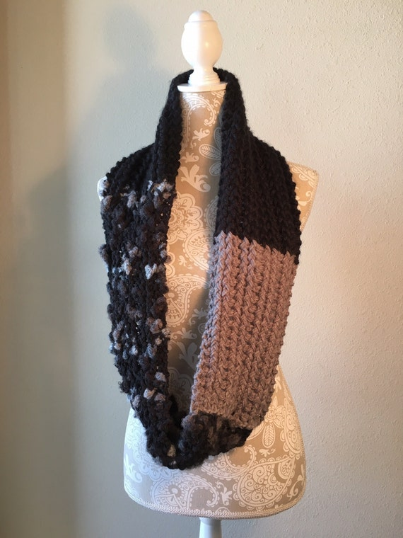 Grays Peak Infinity Scarf  --  a loom knit pattern