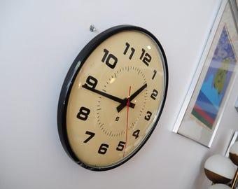 Vintage Industrial Clock / Metal Frame / Glass Front