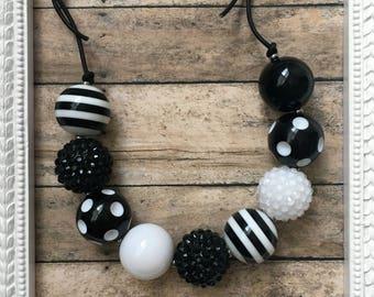 Black White Adjustable Chunky Necklace - Girls Sliding Knot Necklace - Adjustable Girls Bubblegum Necklace - One Size Girls Necklace