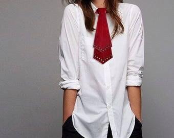 Red leather necktie with studs, for men and women. Red tie. Fetish necktie. Necktie with studs. Bondage necktie. Steampunk necktie