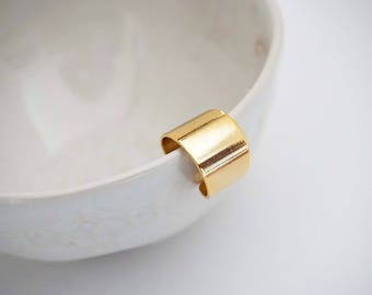 Glossy Gold Band Statement Ring