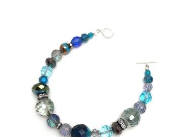 blue beaded crystal bracelet, multi colored crystal bracelet, multi crystal bracelet, beaded blue crystal bracelet, crystal bead bracelet