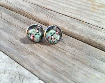 Mint Floral earrings, Floral Earrings, Mint Earring Stud Earrings, Gift for her, Birthday Gift, Christmas Gift, Gift for Mom, Gift for Women