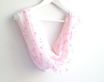 Floral Pattern White and Pink Infinity Scarf, White Loop Scarf, Pink Flowers, Romantic Circle Wrap, Spring Summer Print Scarf, Fashion Cowl