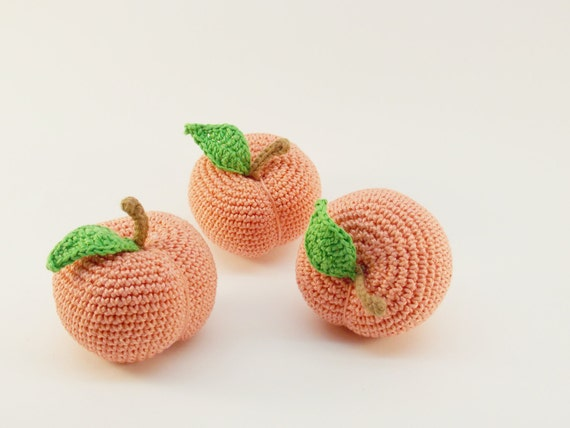 1 Pcs Crochet peach Fruit crocheted teether teeth play