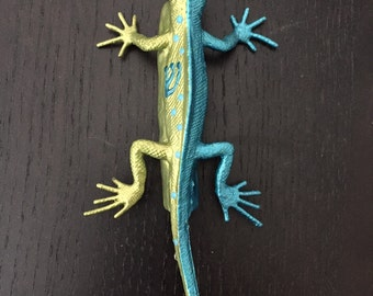 Lizuzah - Lizard Mezuzah 2.1