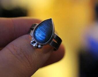 Labradorite Ring, Sterling Silver labradorite jewelry, Blue Flash, Natural Labradorite, elegant teardrop, flashy stone, handmade ring