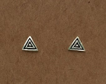 925 Sterling Silver Triangle Stud Earrings | Sterling Silver | Minimalist | Stud Earrings | Geometric | Earrings | Australia | Triangle