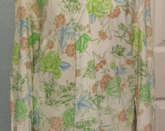 Vintage  tunic, large, 70's, festival blouse, size 40 , large,  floral top, long sleeves, no buttons, no shipping fees in the USA