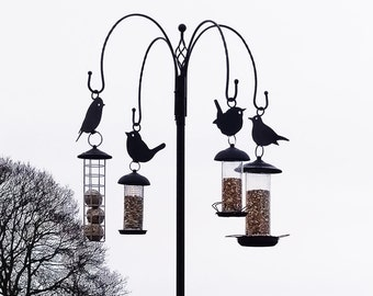 Bird feeder hanger - Garden art and decoration