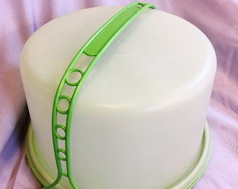 Vintage Tupperware Large Round Plastic Cake Carrier Container Handled Box Unbreakable Air Tight Storage Lime Green & Clear Servalier Caddy