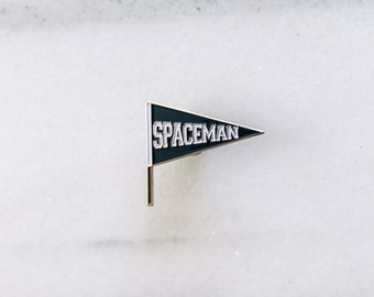 SPACEMAN - Enamel Pin, Lapel pin, Pins, Enamel Pins, Pin, Gold enamel pin, Pennant.