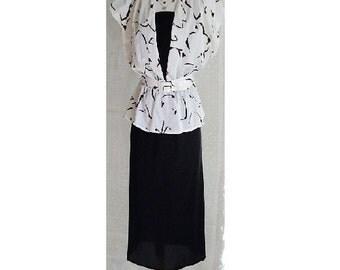 ORIGINAL 80s Vintage Black and White Peplum Dress, Party Dress, Formal Dress, Short Sleeved Dress, Dress, Suit Style Dress, Tea Party Dress.