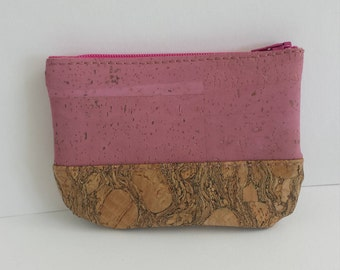 Little purse made of natural cork and pink Cork.