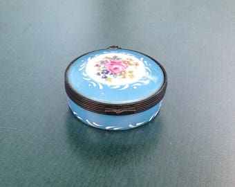 Limoges porcelain vintage box, French vintage box, hand painted blue box, blue trinket box, hinged trinket box, collectible Limoges box