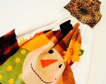Hanging Halloween Towel, Hanging Kitchen Towel, Halloween Kitchen Decor, Button Top Towel, Kitchen Tie Towel, Tea Towel, Scarecrow Decor