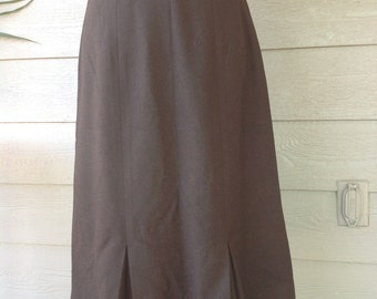 Women brown pencil plead skirt