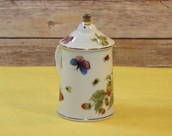 Vintage Ardalt Lenwile China Shaker,Handpainted Salt or Pepper Shaker,Korea Strawberry Home Decor White Serving Table Dinner,Butterfly Fruit
