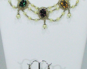 Striking Multicolored Renaissance Choker with matched Earrings