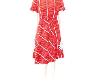 Vintage 1980's Shirt Dress Red Horizontal Striped Cotton Summer Comfy Light Weight Dress // 122