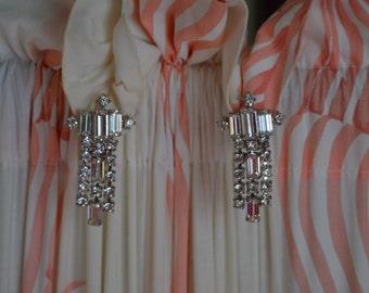Vintage Earrings, Diamond Rhinestone Earrings, White Gold, Dangling Earrings, Drop Earrings, Bridal Earrings, Wedding Earrings,