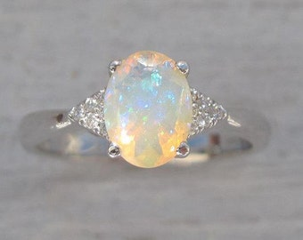 Opal Engagement Ring, Antique Style Engagement Opal Ring, Vintage Opal Ring, Bridel Gold Ring, Opal Gold Ring, Engagement Ring With Opal