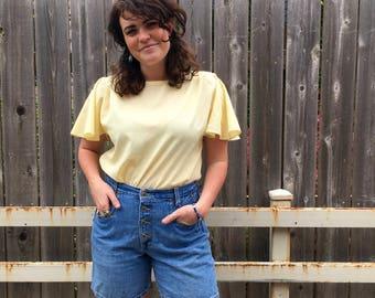 Free Shipping!: Vintage 1970s ZENA High Waisted Denim Shorts Medium Wash