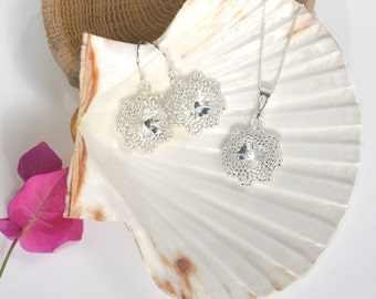 Crystal Dangle Earrings- Bridesmaid Gift Jewelry- Flower Girl Gift- Flower Earrings- Swarovski Crystals Earrings- Rose Gold Bridal Earrings