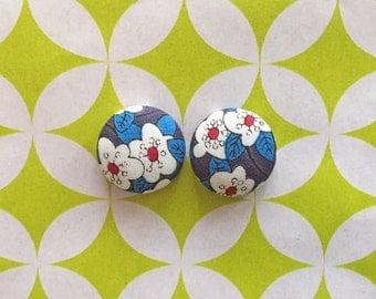 Fabric Button Earrings / Red White Blue / Wholesale Jewelry / Small Studs / Gifts for Women / Handmade Earrings / Sensitive Ears / Bulk