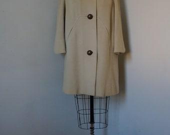 SALE 20% OFF! Vintage 1960s Mod Coat / Tailored Forstmann Wool Coat Geometric Seams Topstitching / Mink Collar Portrait Collar 3/4 Sleeves