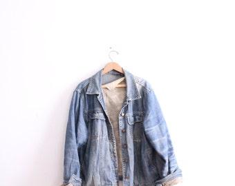 Faded Baggy 90s Denim Jacket