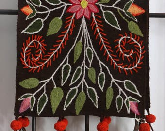 Table Runner Floral Brown - Hand Embroidered