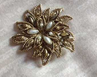 Gold Florentine Abstract 1960s Vintage Modern Brooch