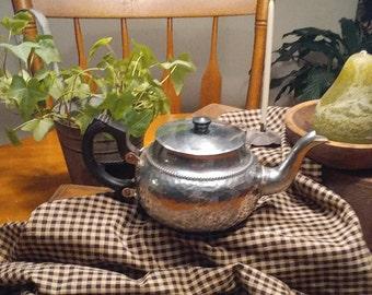 Hammered Aluminum Teapot, Vintage, NCJ Ltd Sona Chrome Teapot, Stratford. On Avon England J 528, Mid Century,  3 Cup Teapot, Cottage Chic