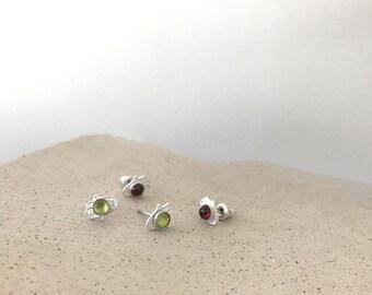 Stud Hamsa earrings , Tiny hand Earrings , Sterling silver stud , Hamsa Post Earrings , Stud Earrings with gems