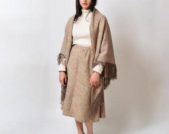 1970s Oatmeal Tweed Skirt & Shawl Set 70s Vintage Fringed Wool Scarf Midi Skirt Boho Hippie Waist 27 S M