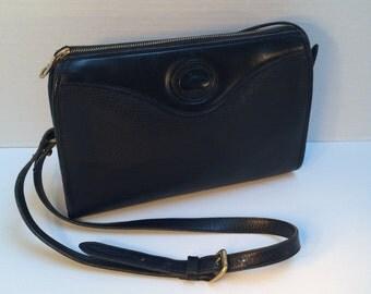 Dooney & Bourke Black Leather Handbag, Crossbody bag, All Weather Leather, Vintage Handbag, All Black Dooney Bag