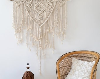 Large Macrame Wall Hanging / Boho Wall Hanging / Modern Macrame /  Wall Tapestry / Wedding Decor / Macrame Tapestry / Boho Decor / Gift For