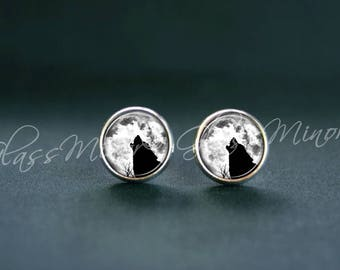 Howling Wolf Earrings, Moon Wolf Studs, Steampunk Wanderlust, Woodland Jewelry, Wolves Earrings, Moonlight Black Wolf Earrings, Gift for Her