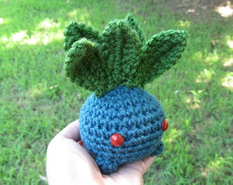 READY TO SHIP - Crochet - Chibi Pokemon Amigurumi - Oddish. Pokemon Plush. Pokemon Go. Cosplay. Anime. Video Game. Gaming. Korlista. Gift.