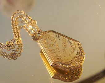 Antique Victorian Floral Embossed Locket & Chain / Floral Engraving / Monogram  MFL / Vintage Jewelry / Jewellery