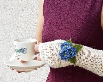 Flowers Fingerless Gloves, Roses Knit Gloves, Long Arm Warmers, Boho Knitted Mittens, Crochet Gloves, Wrist Warmers, Ivory Bridal Gloves